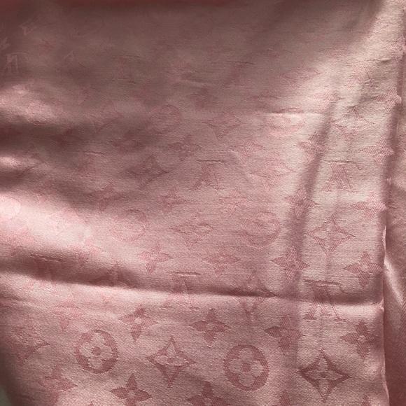 Louis Vuitton Accessories - Authentic Louis Vuitton Shawl
